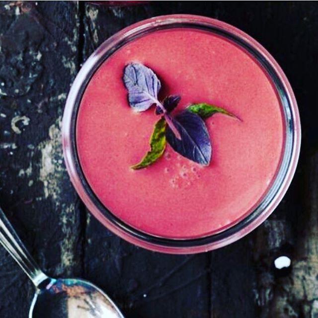 Suppe med kærlighed ❤️ #SoupLab #Madmedhjertet #Kærlighed #Love #renhed #sundhed #sommer #soup