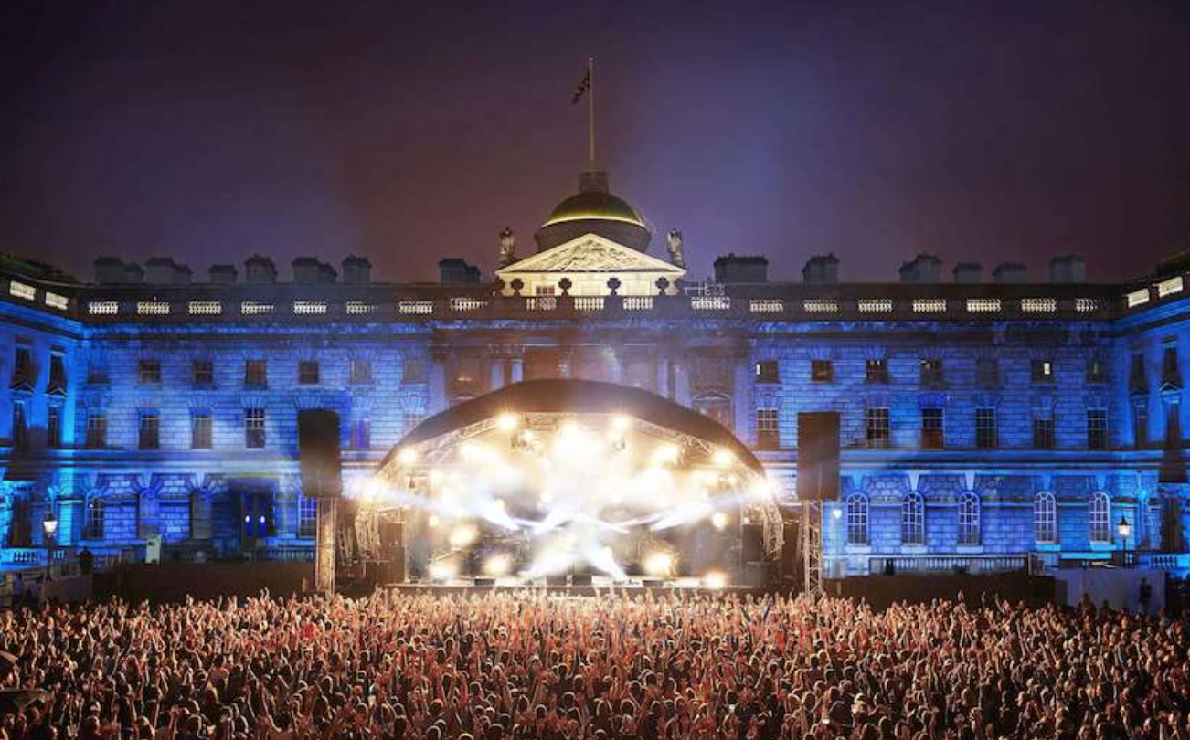 THE CROWD AT SOMERSET HOUSE -