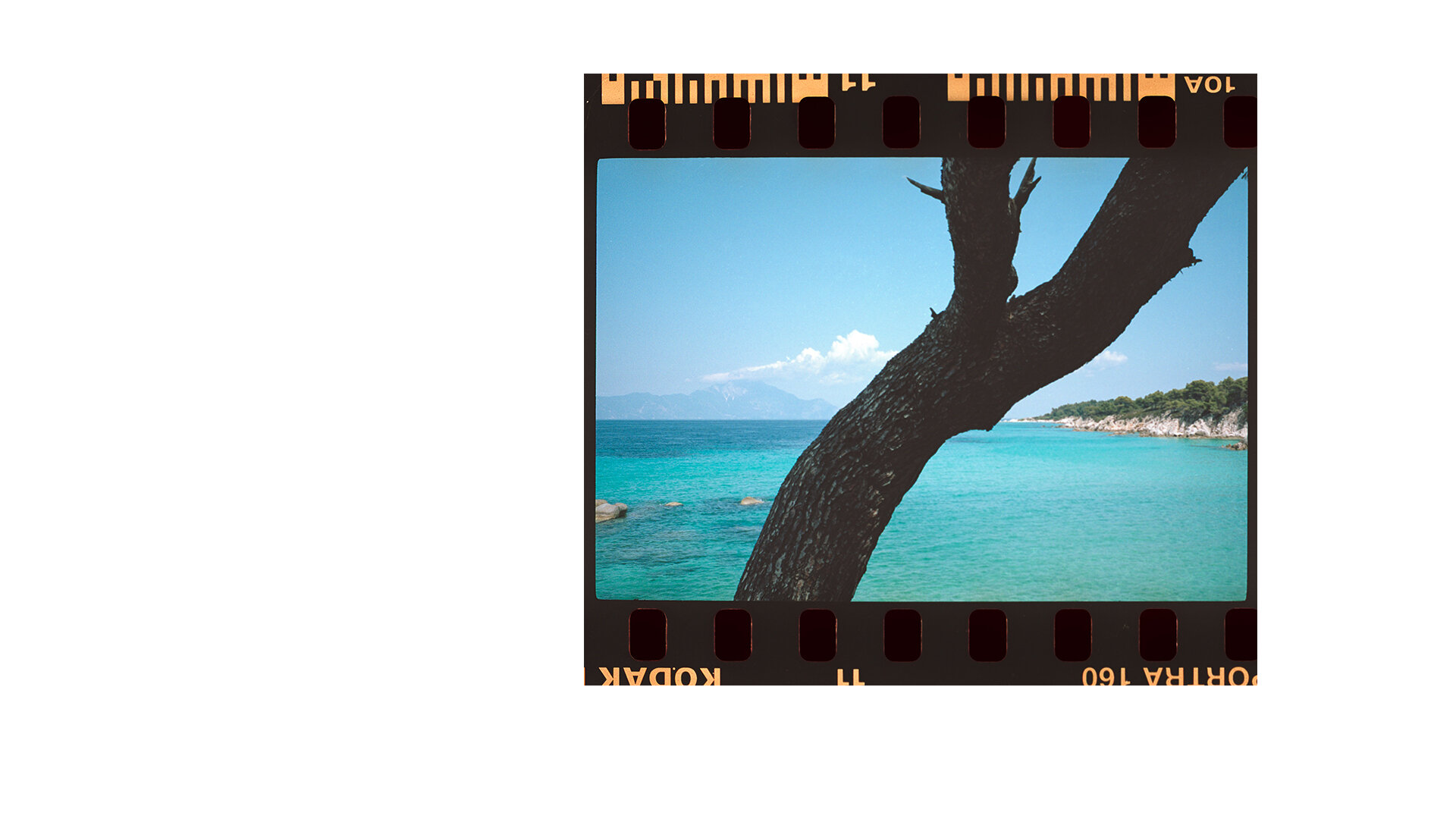 toby-butler-photo-tobybutlerphoto-lifestylephotography-travel-travelphotography-lifestyle-tourism-greece-film-35mm-magazine-europe-mediterranean-ocean-1.jpg