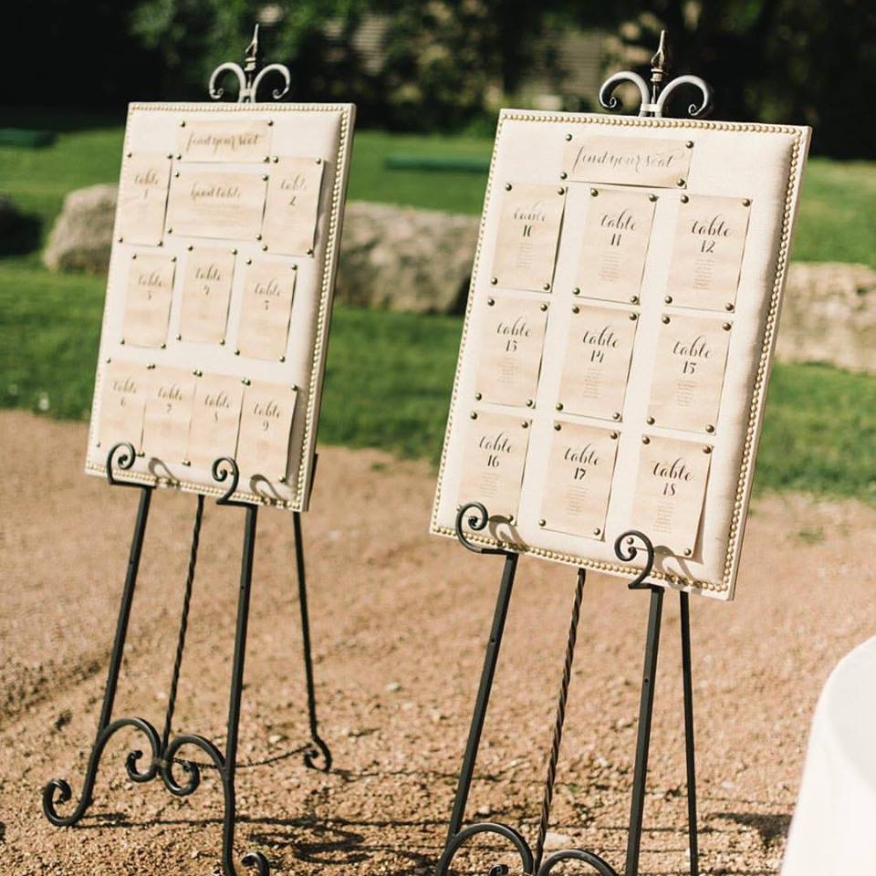 ASSORTED EASELS