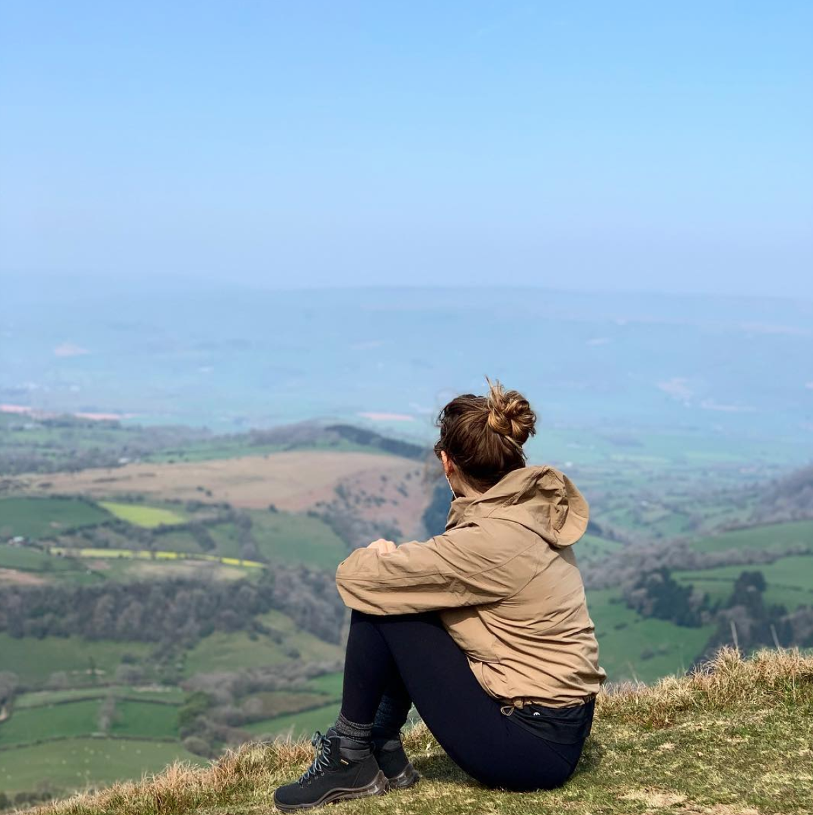 Life and The brecon beacons - What I've seen this month is short and sweet and pretty straightforward this month - I took time off social media over the Bank Holiday weekend and it allowed me to see everything else. I gave my chance to see everything that didn't exist on the little online brick we all carry around with us. Fresh air and views of the stunning Brecon Beacons in Wales - something I know that we all can and should find the time to see!