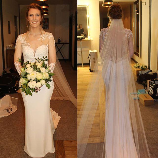 How stunning is Avril's weddong dress....so in love with the detail!! Absolute beautiful 💗  #shropshirewedding #shropshirebride #shropshiremua #shropshirehairstylist #flawlessbride #relaxedupdo #naturalglam #softsmokes #bridalmakeup #bridalhair #weddinghair #weddingmakeup #wakeupandmakeup #makeupbyme @lovehonourandbetrue #lipstick #ido #hairbyme #brideofinstagram #lovemyjob #sarahlouisehairandmakeup