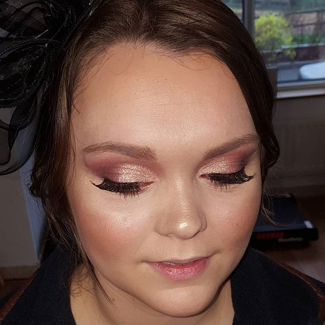 Busy couple of days getting some beautiful ladies ready for Aintree's Ladies day and Wedding ready....here is one of my gorgeous clients @ruthflowersby race ready!!! Hair and make up by me.... Love these pink smokes 💗  Pictured before lipstick applied!! #occasionhairandmakeup #races #aintreeladiesday #occasionmakeup #cheshiremua #cheshirehairsylist #updo #pinksmokes #flawlessmakeup #contourandhighlight #makeupbyme #hairbyme @urbandecay #nakedpalette @peachesandcream #falselashes @uk_arbonne #foundation #lovethislook #lovemyjob #sarahlouisehairandmakeup