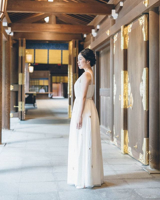 Dear Asako-san, huge congrats for her beautiful wedding at Meiji-Jingu temple. She designed this dress💓 Made by nuikobo.  #nui #nuikobo #wedding #weddingdresses #weddinggowns #bridal #bridaldresses #bridalgowns #weddingphotography #weddinginspiration #花嫁 #結婚式 #ウェディングドレス #ウェディング #ブライダル #ブライダルフォト