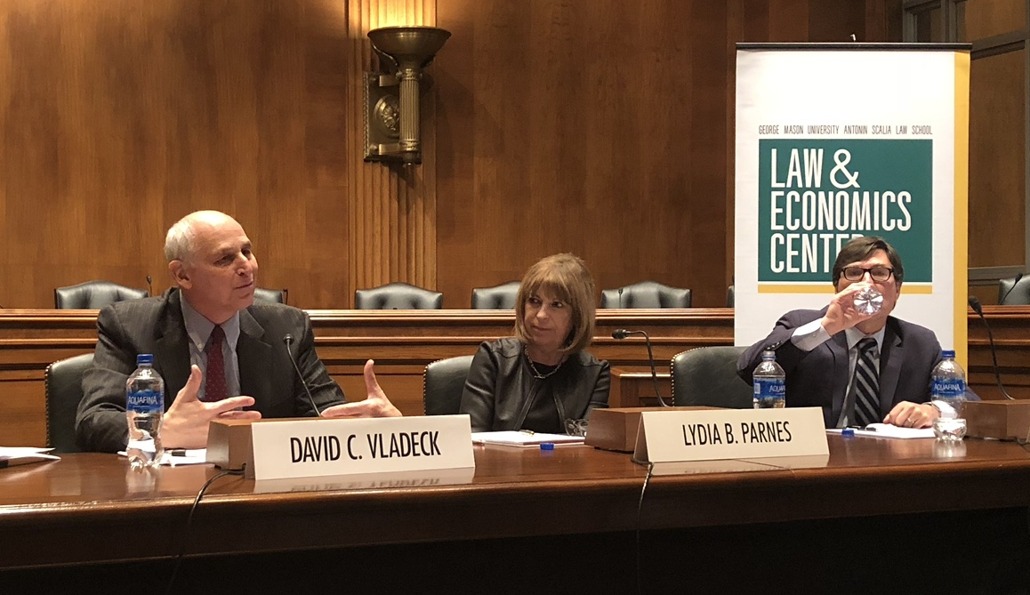 Georgetown Prof. David Vladeck briefs Hill staff on challenges & opportunities for the incoming Commissioners at the FTC