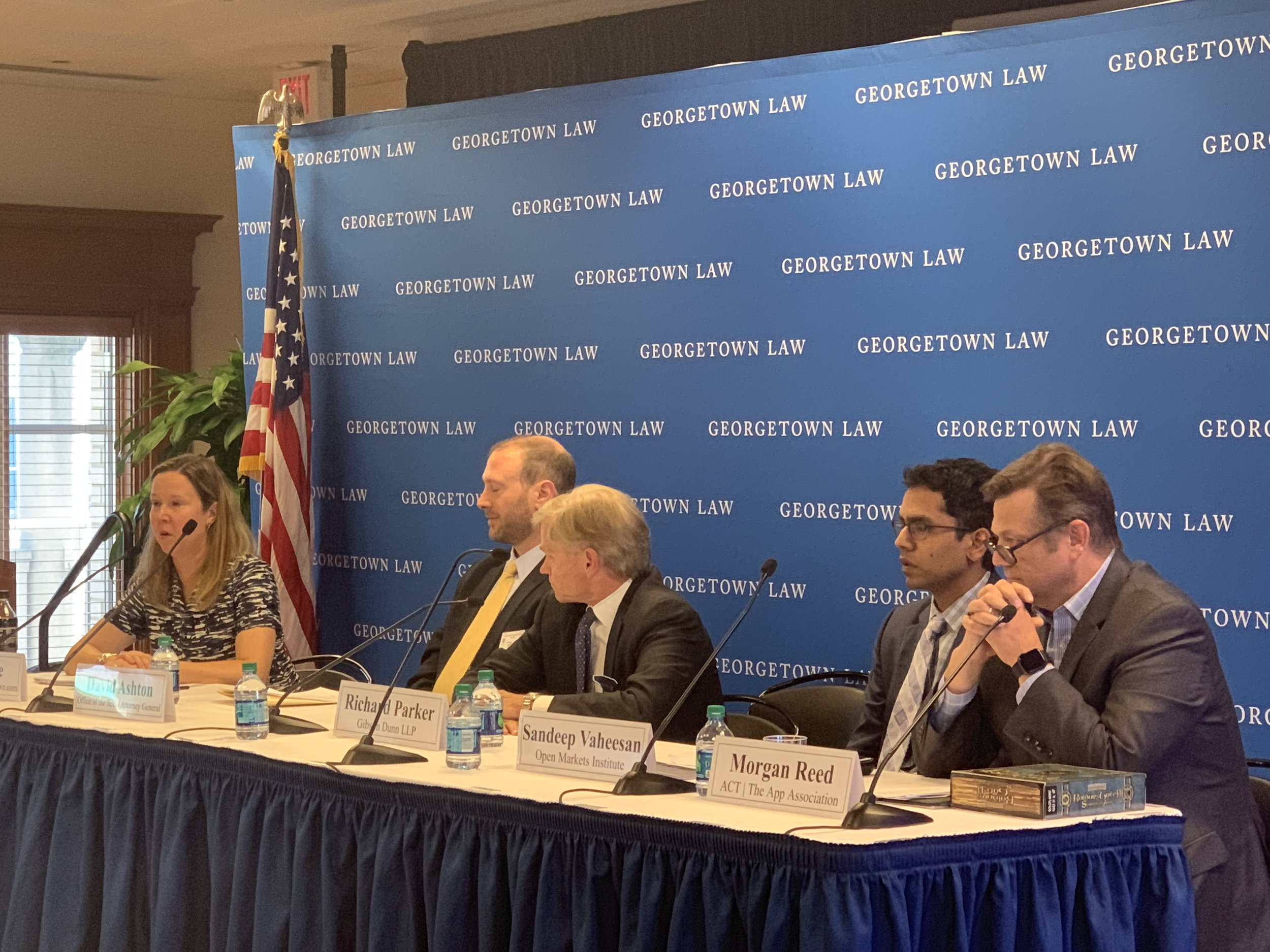 Amy Howe moderates a panel on Apple v. Pepper