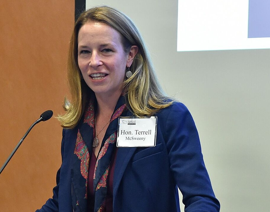 Distinguished Fellow Terrell McSweeny (L'04) speaks at a Tech Institute event, November 2016