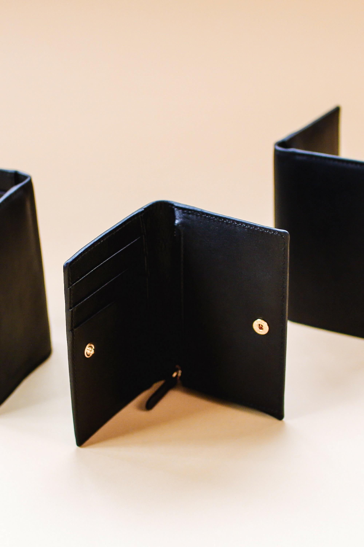 Luxury Minimalist Wallet.jpg