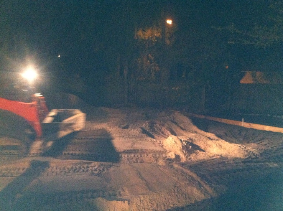 night-time-volleyball-court-building.jpg