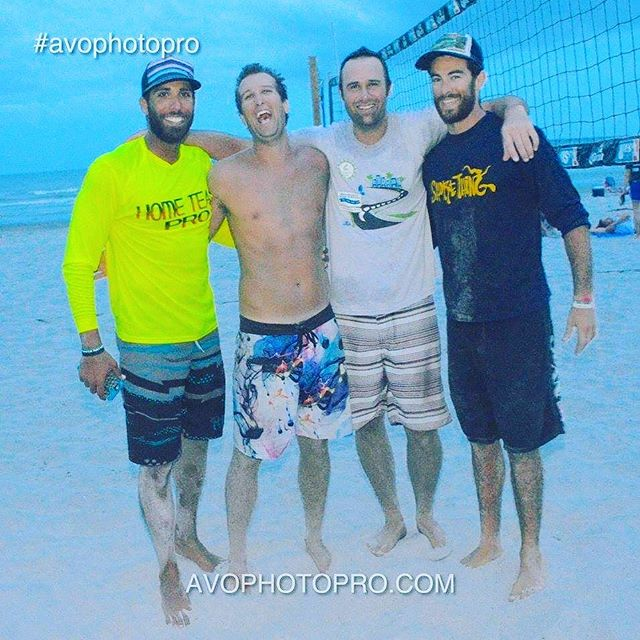 Remember that time we had a terrible time playing volleyball?! Yea, us neither. 🏐😝 #balltillwefall #lifeisgood #tbt #throwbackthursday #beachvolleyball #chickendinner #letsgoooo #sandvolleyball