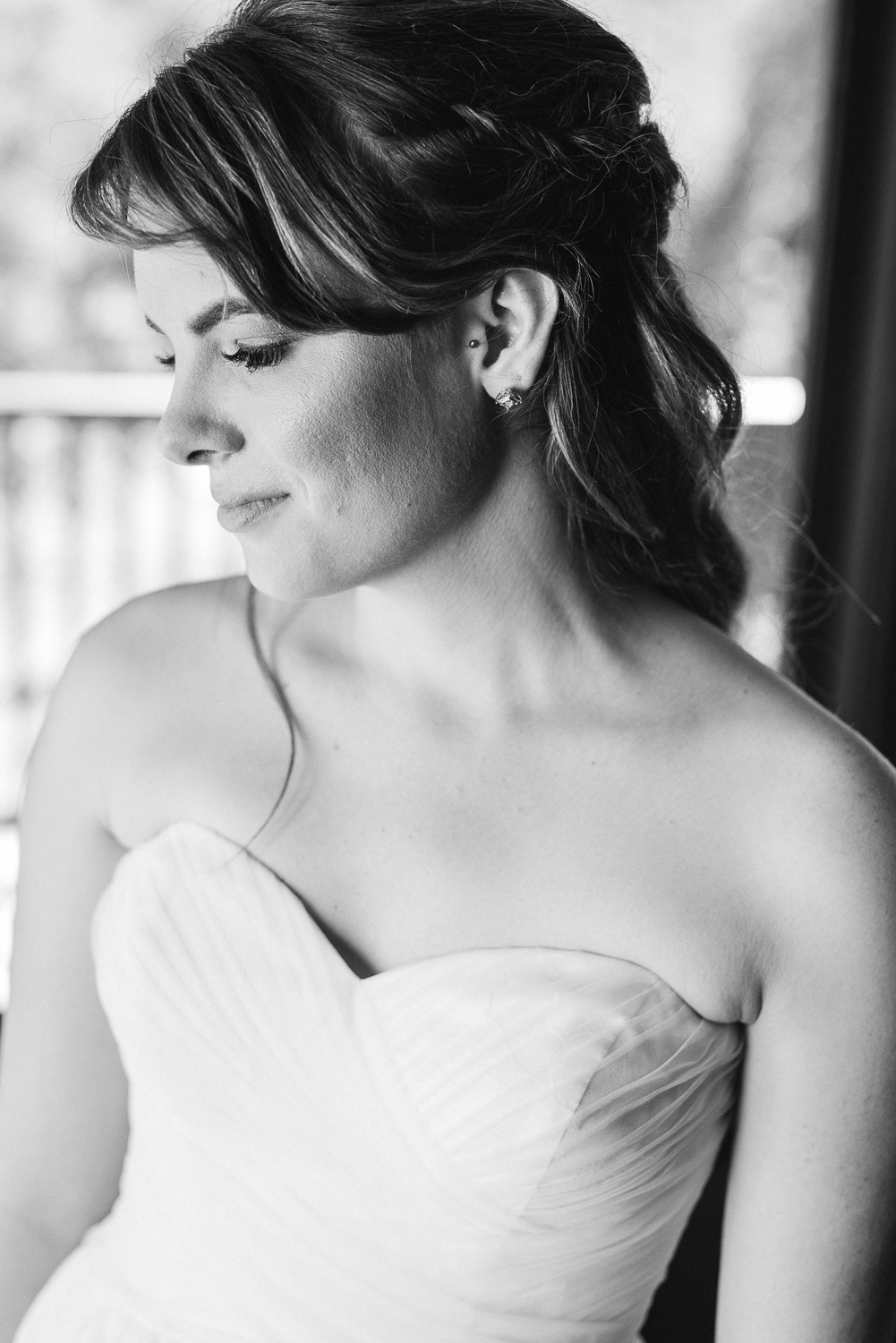 Mt. Woodson Castle Wedding // Brandi Welles Photographer // Bride Getting Ready