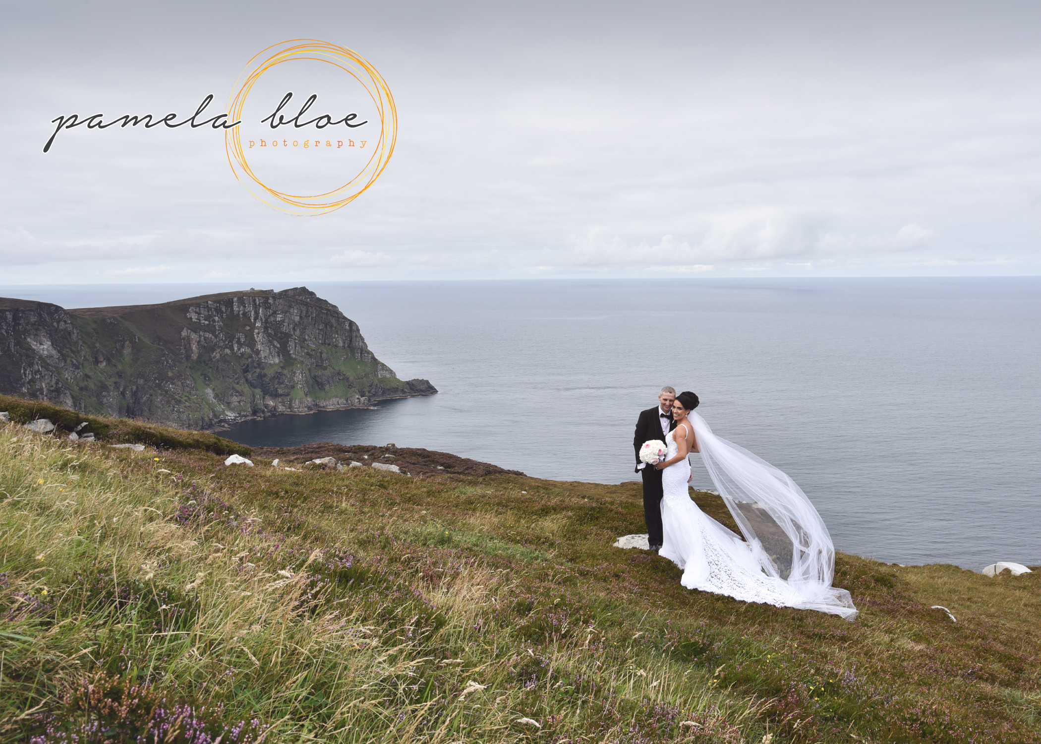 BRIDE-AND-GROOM-PHOTO-HORN-HEAD-DUNFANAGHY-DONEGAL-WEDDING-TEAM-BRIDE