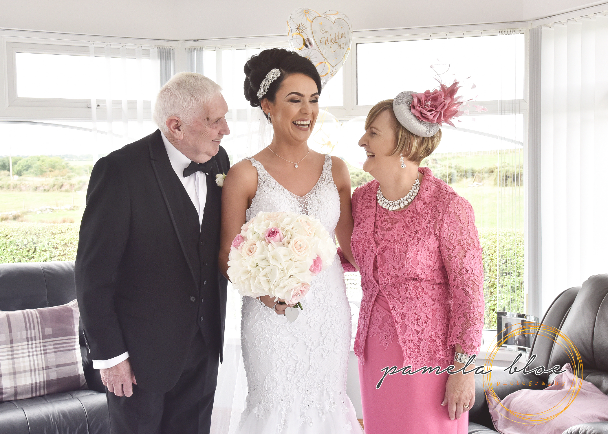 family-wedding-photo-donegal-wedding-teambride