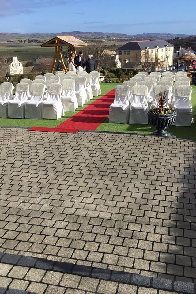 Outdoor Ceremony at the Ballyliffin Lodge