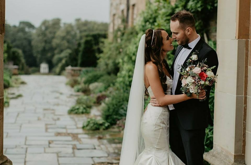 A modern day Love Story where Romance is truly alive. Laura & Davids Belfast Wedding...... CLICK TO READ