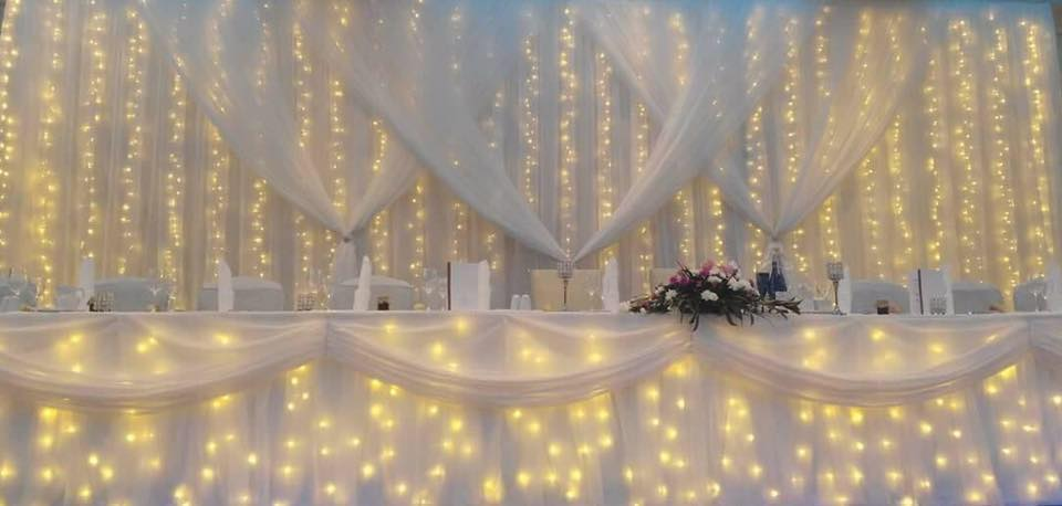 Fairy light backdrop by eventful