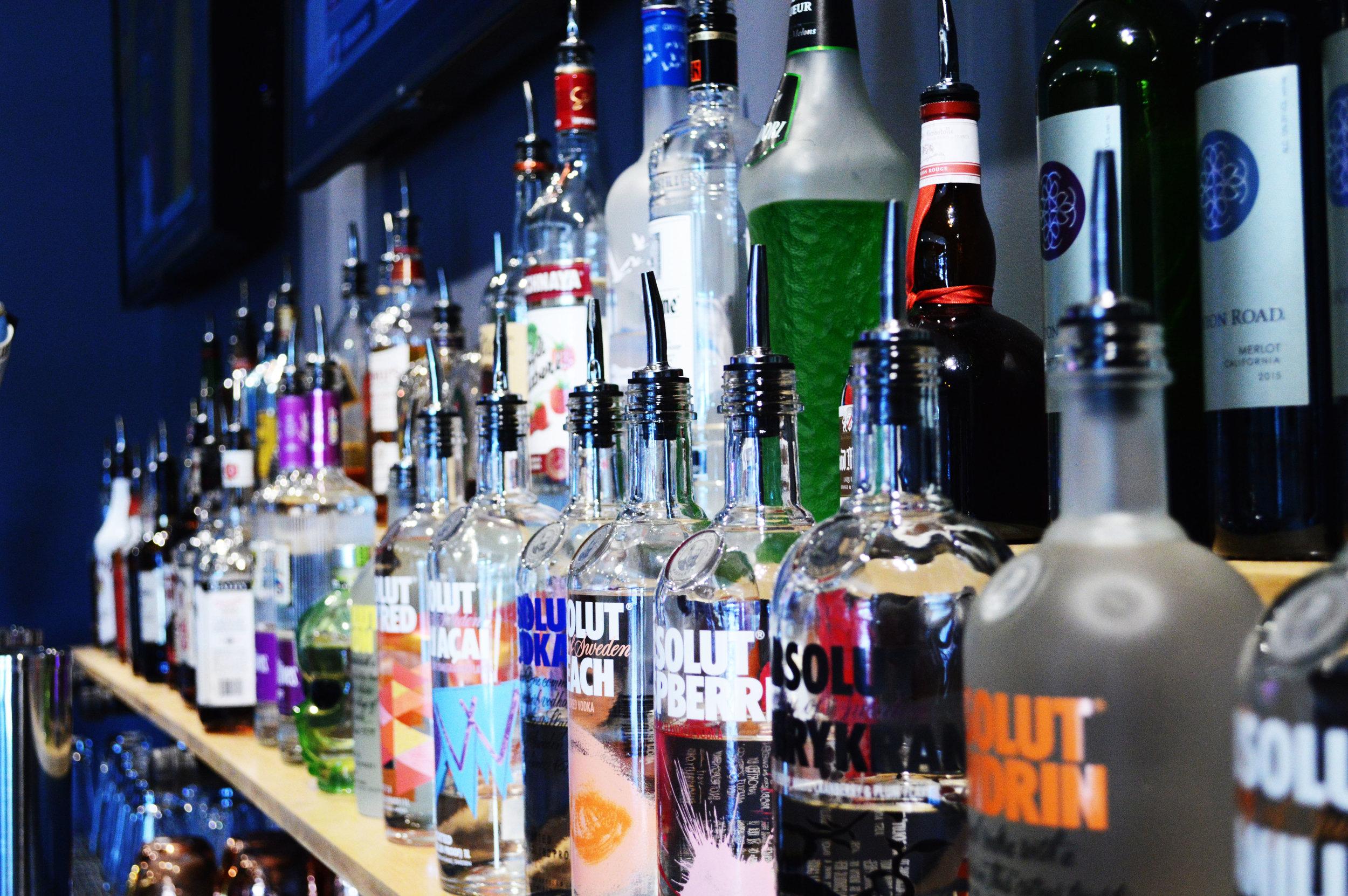 Bar Liquor 2.jpg