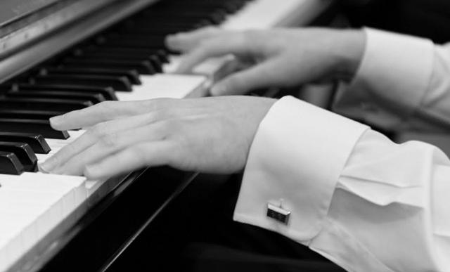 BA-Piano-L.jpg