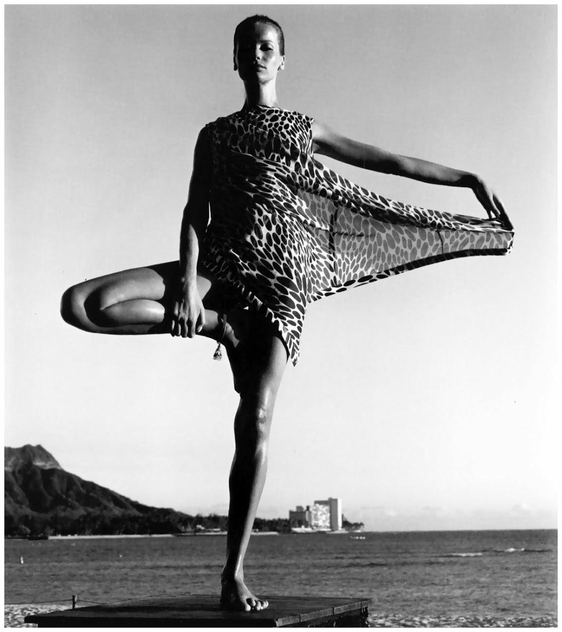 Fashion model Veruschka in Tree Pose. 1960s.
