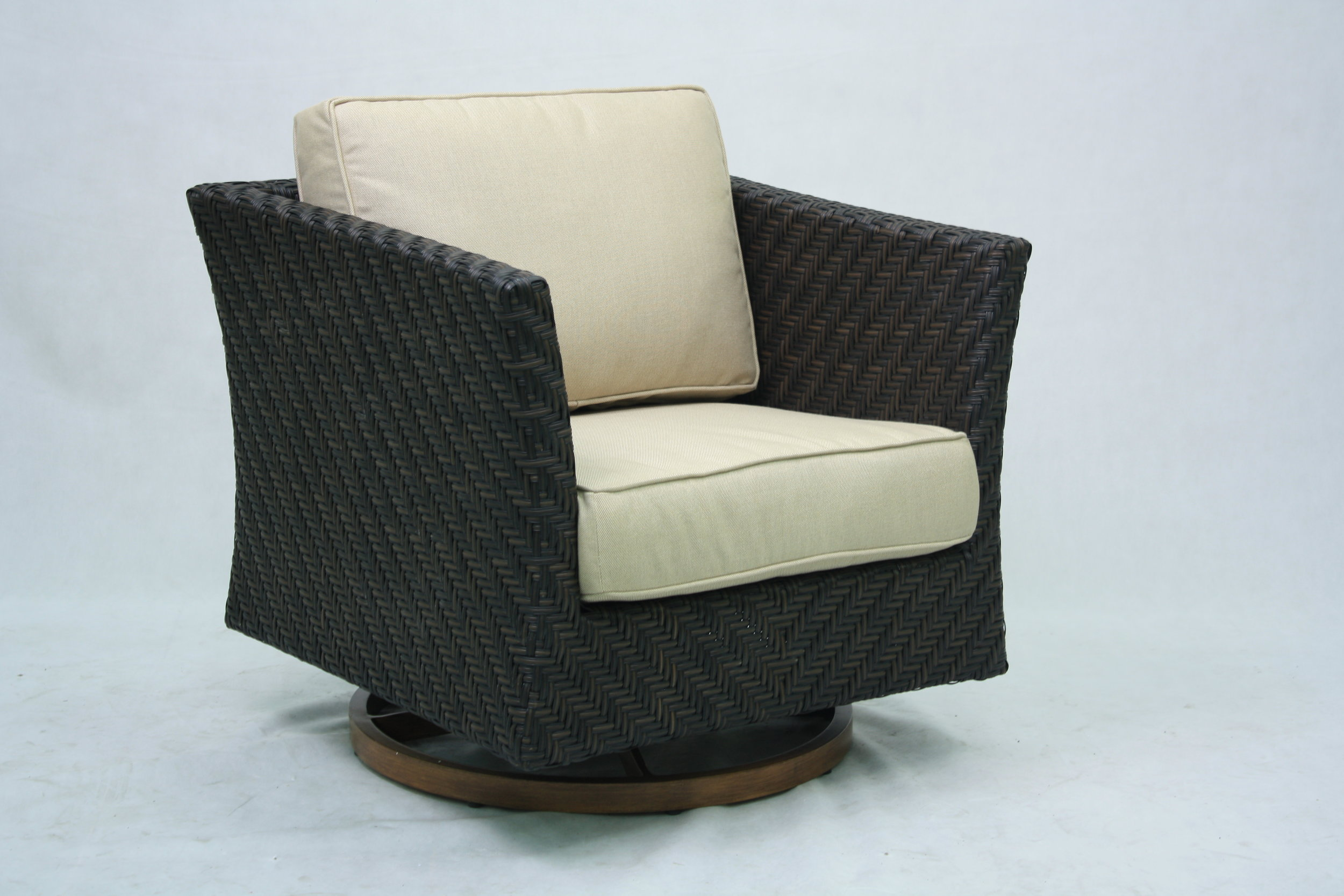 "973428  Carmel Swivel Rocker   32"" x 32"" x 28"""