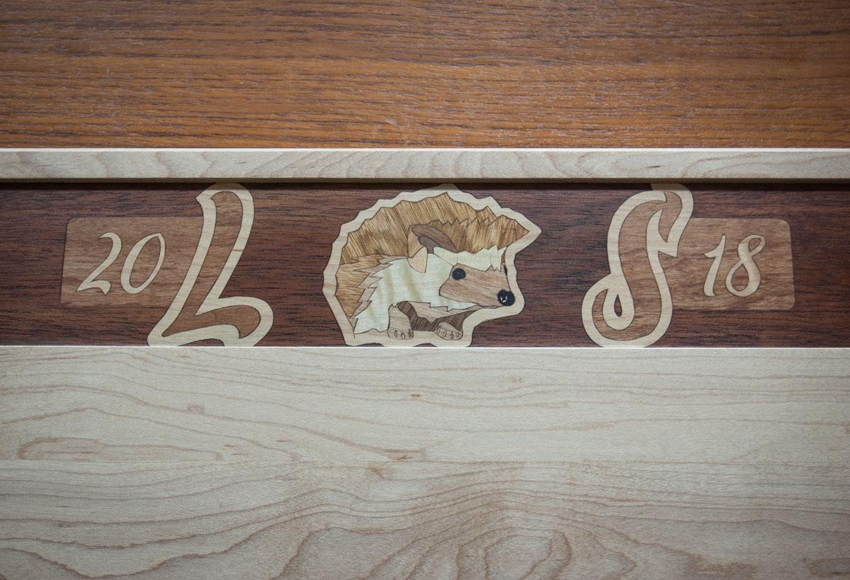 Commemorative cutting board detail