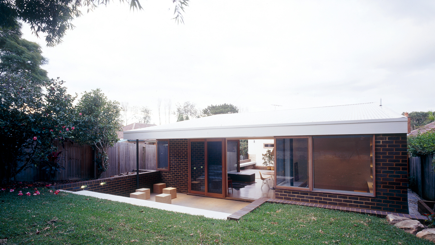 courtyard house3.jpg