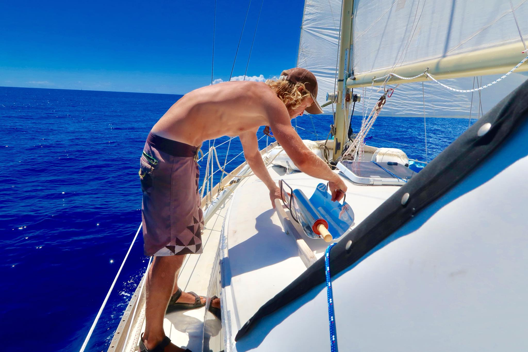 Sailing Life Day 40: Sailing from Calabash Bay in Northern Tip of Long Island to Clarence Town -47 NM