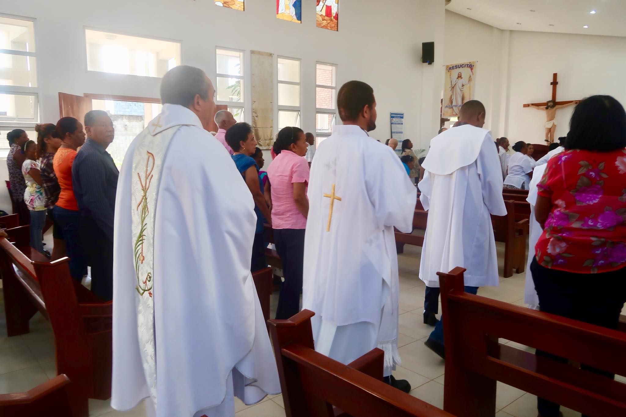 Sailing Life Day 50: Sunday Mass and Relaxation Day in Luperon, Dominican Republic!