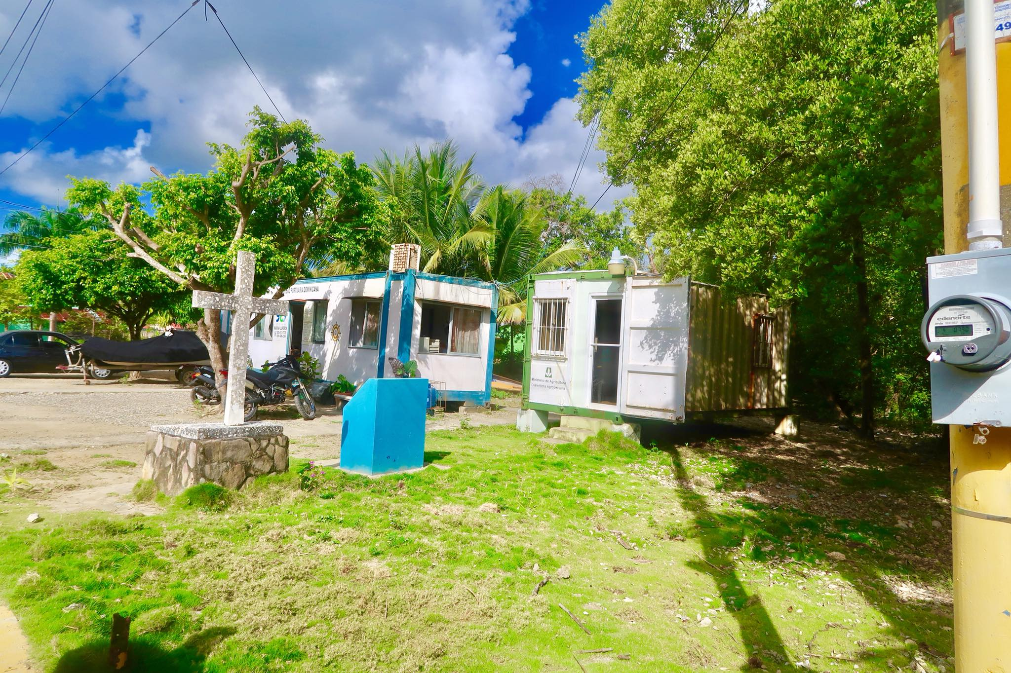 Sailing Day 47 and 48: Overnight Anchoring in Big Sand Cay Turks & Caicos and 80 NM overnight sailing passage to Luperon, Dominican Republic!