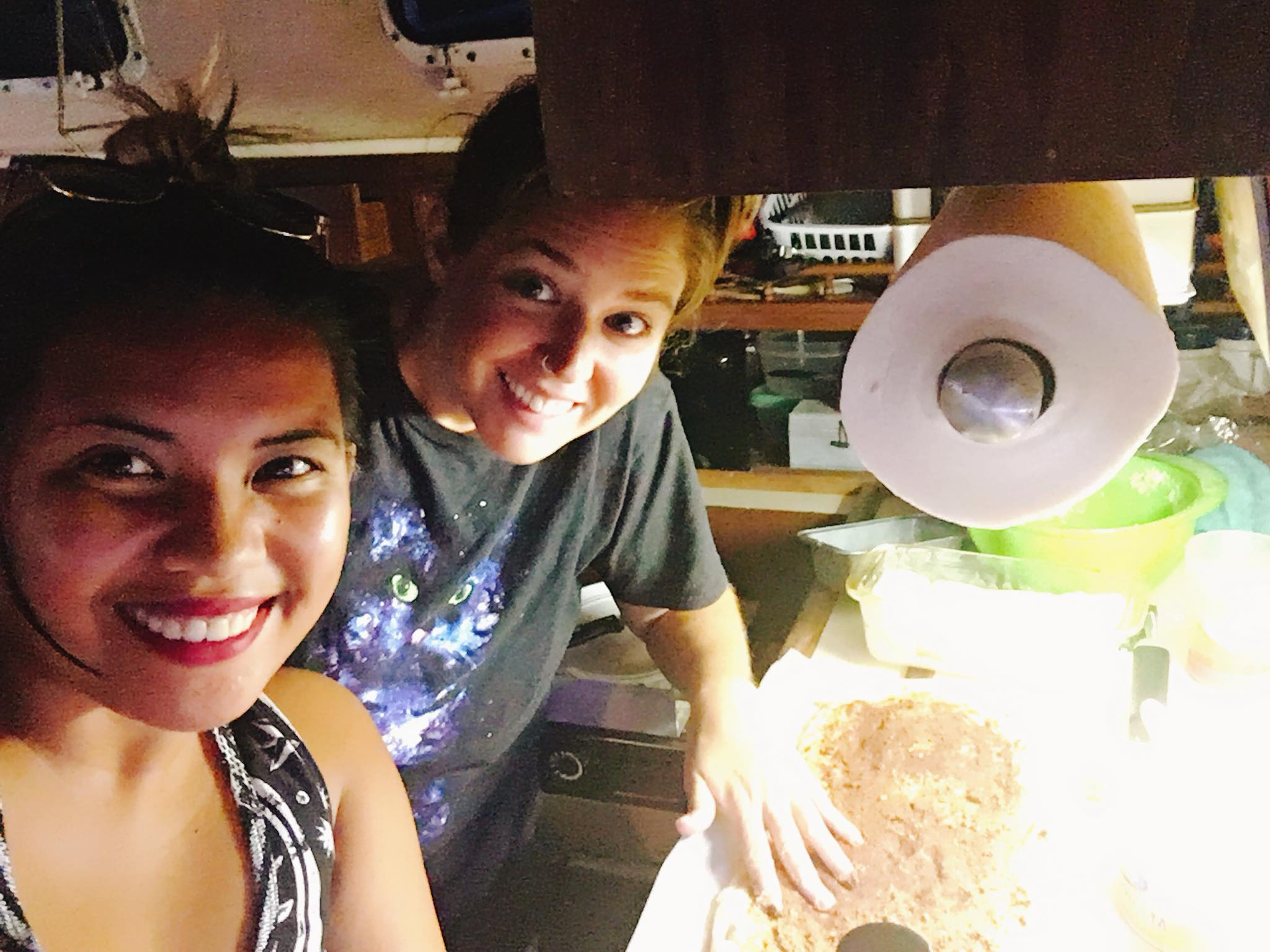 Sailing Life Day 76: Learning how to make homemade bread on the boat! 🤗