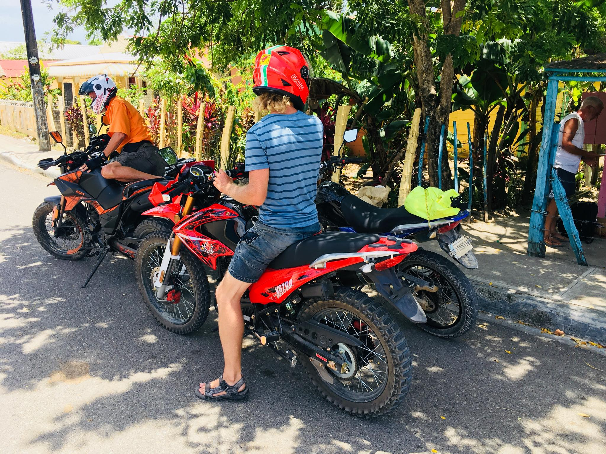Liveaboard Life Day 99: Motorbike Trip with Fellow Sailors from Luperon to the Mountains