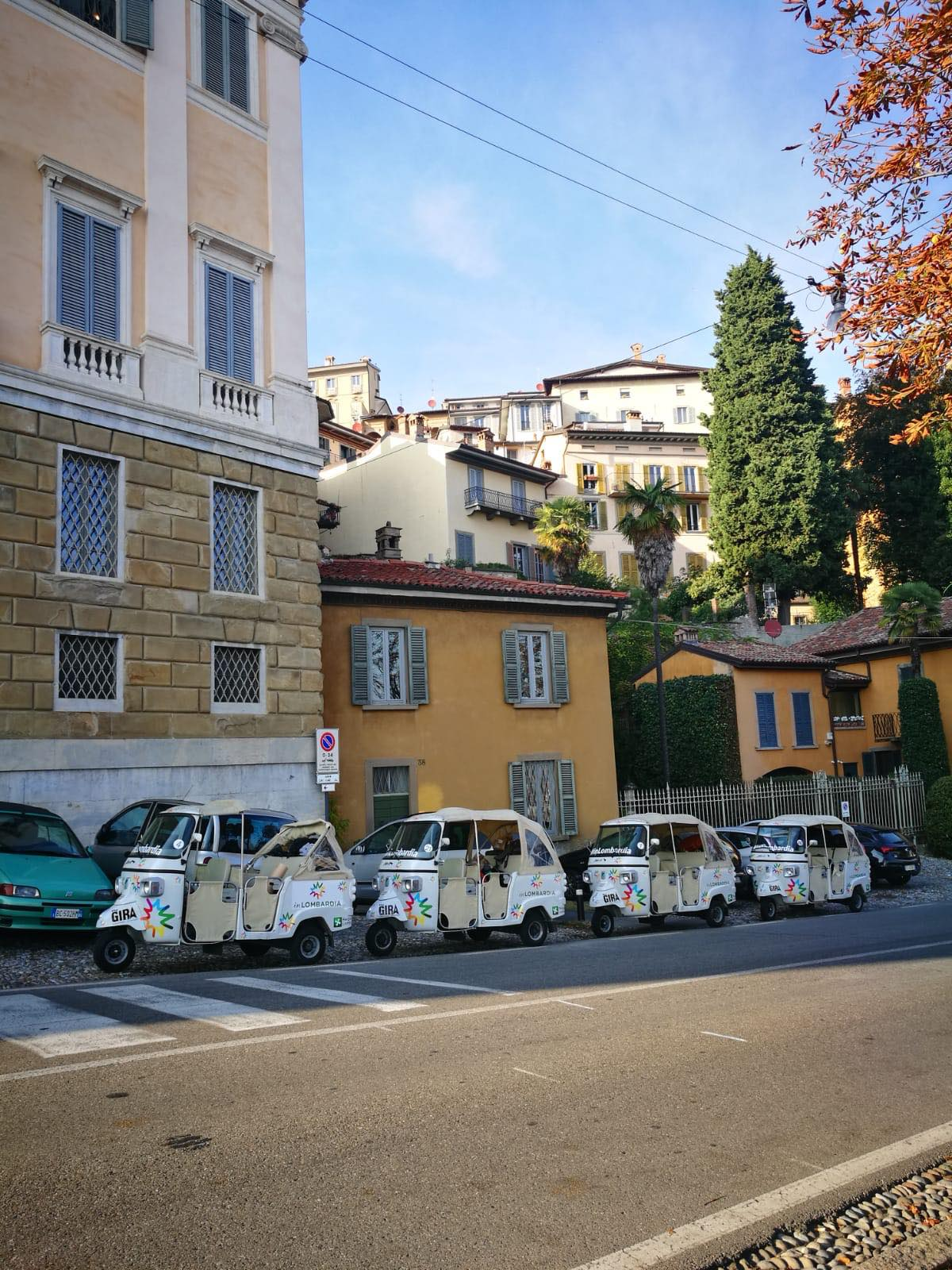 Kach Solo Travels Day 49: TUKTUK Road Trip in Lombardy Region, North Italy 💋