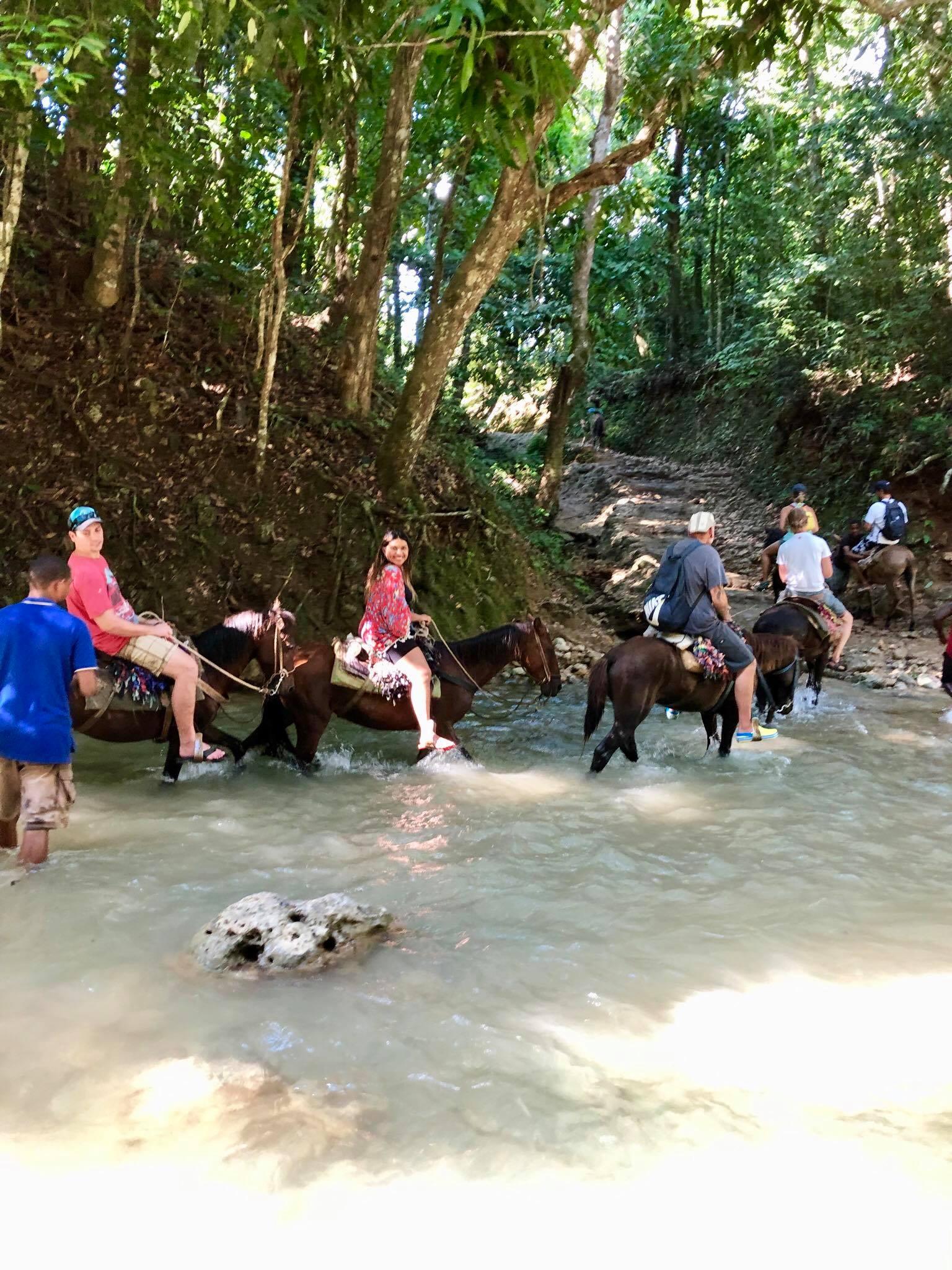 Liveaboard Life Day 274: Horseback Riding in Samana, DomRep