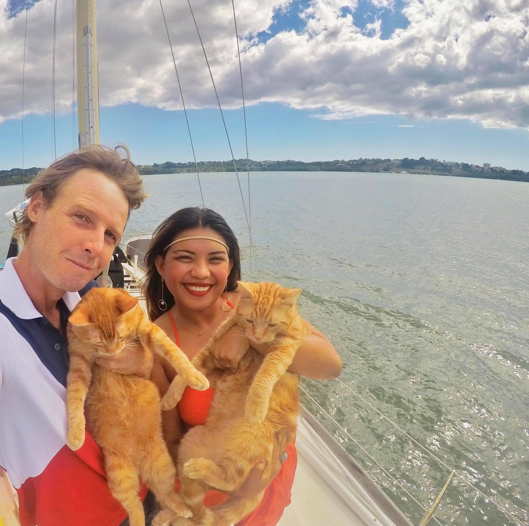 Sailing Life Day 305 Celebrating Christmas with fellow cruisers7.jpg