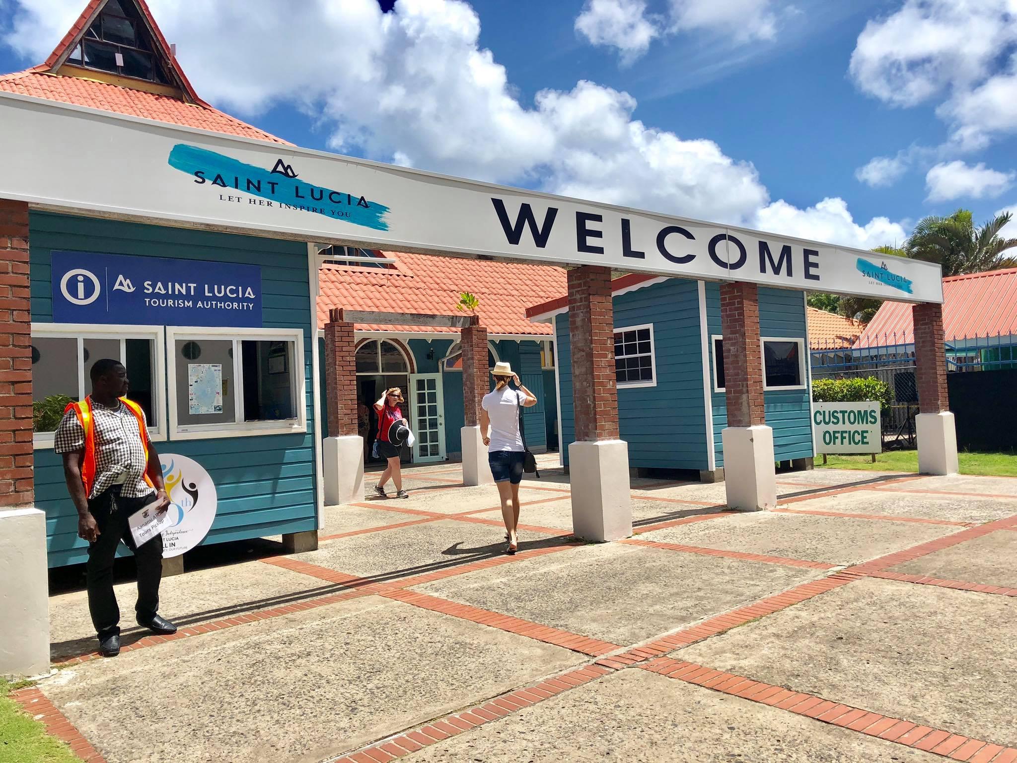 Kach Solo Travels in 2019 Beautiful St Lucia10.jpg