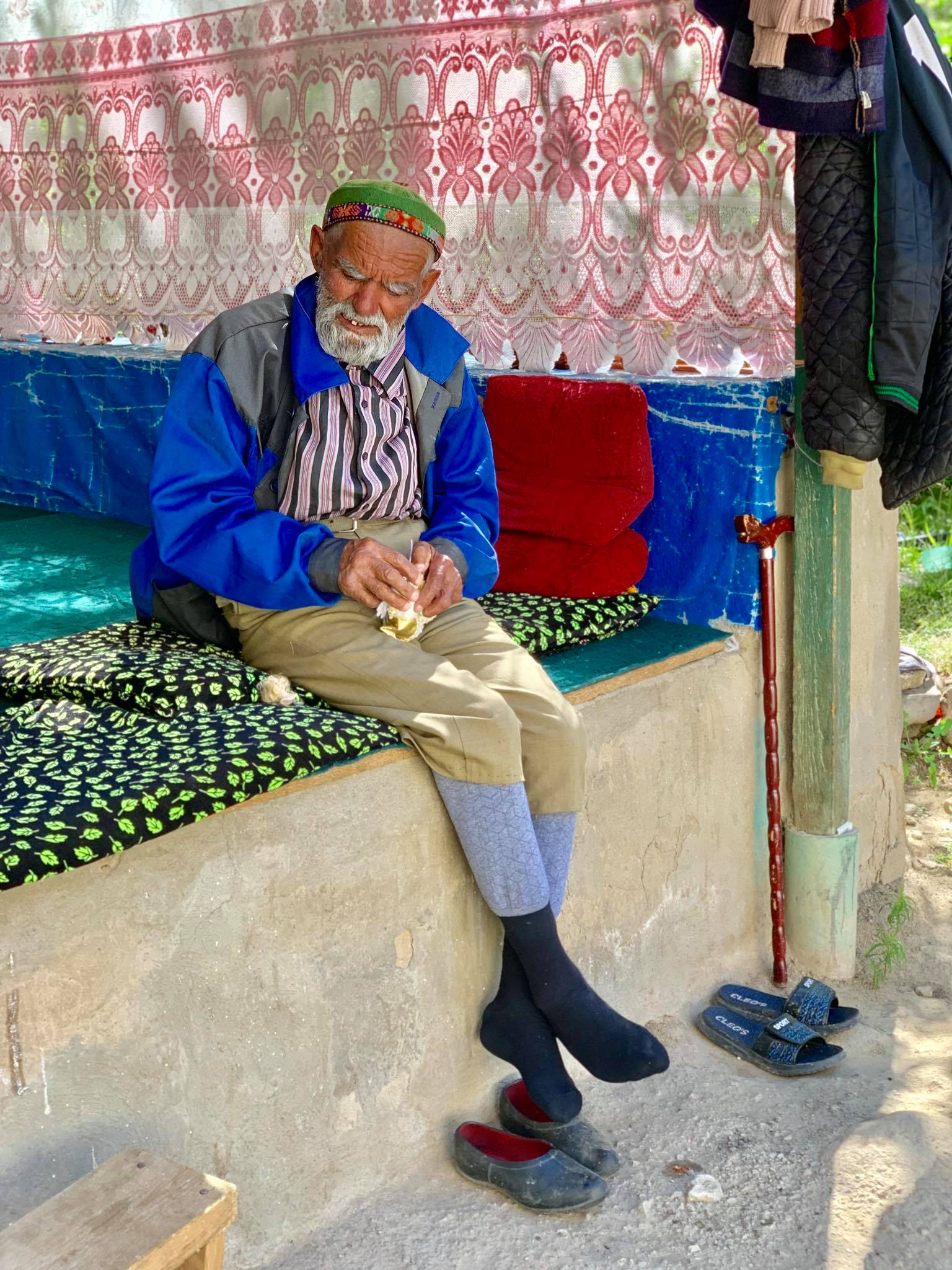 Kach Solo Travels in 2019 Driving from the small town of Kalaikhumb to Khoroug22.jpg