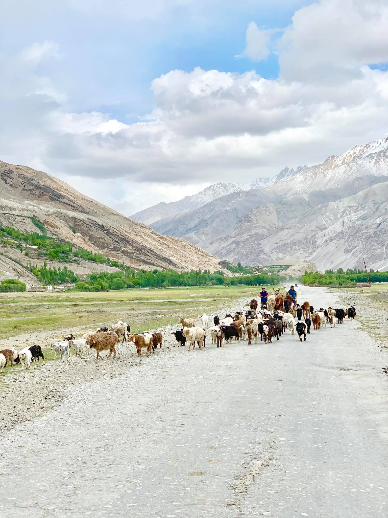 Kach Solo Travels in 2019 Driving from Ishkashim to Wakhan Valley1.jpg