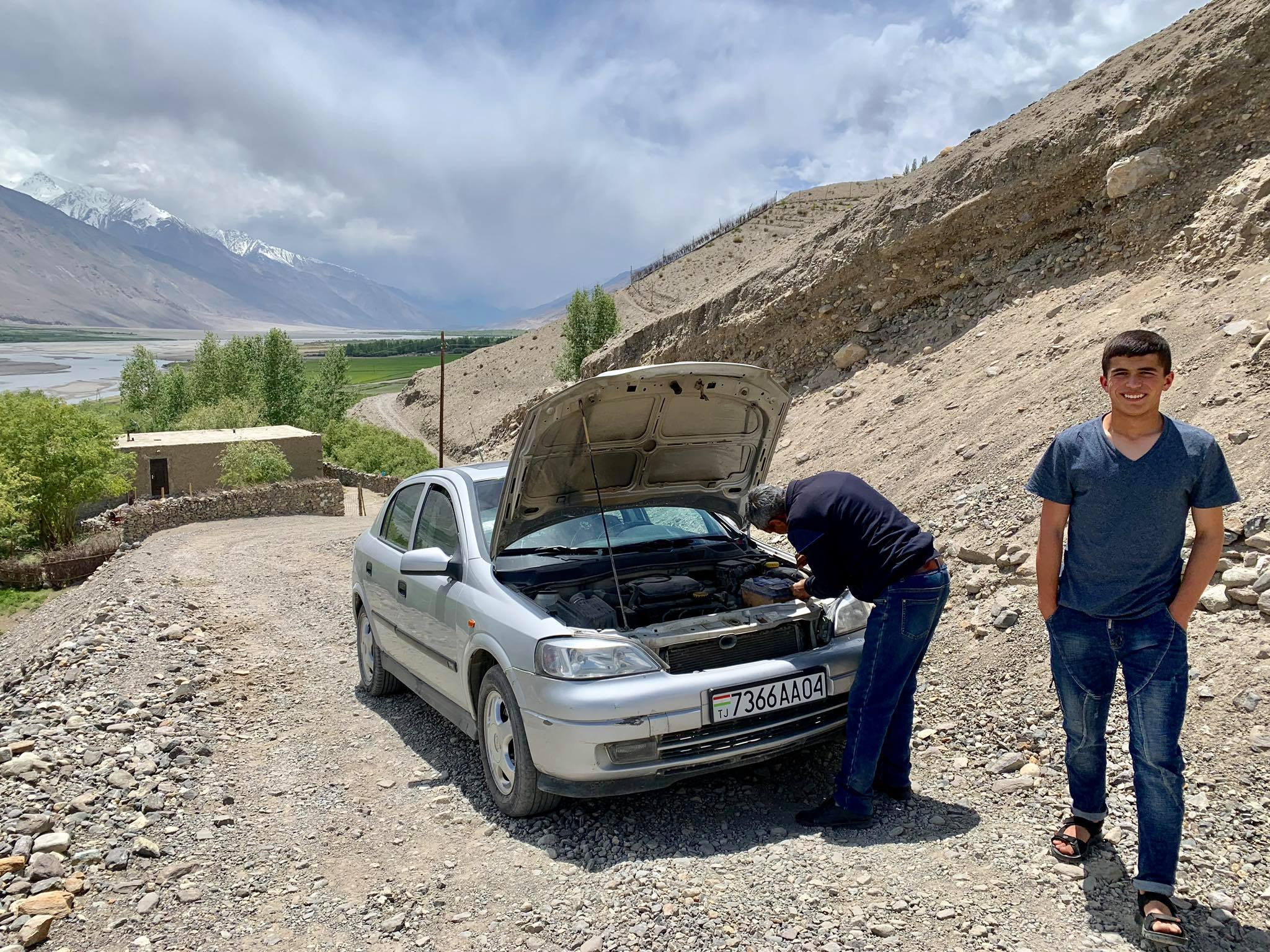 Kach Solo Travels in 2019 Driving from Ishkashim to Wakhan Valley26.jpg