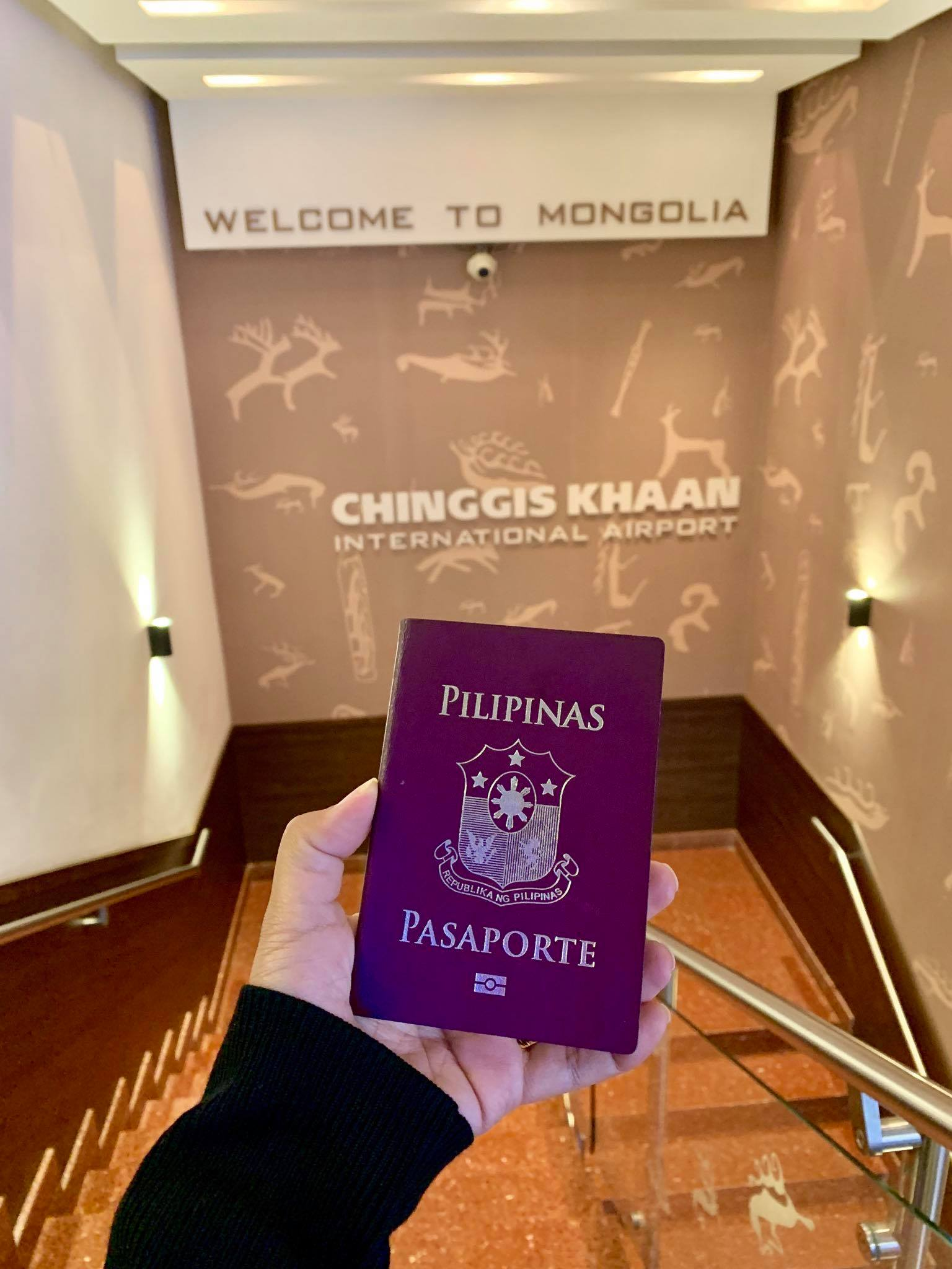 Kach Solo Travels in 2019 Hello from MONGOLIA - my 130th country40.jpg