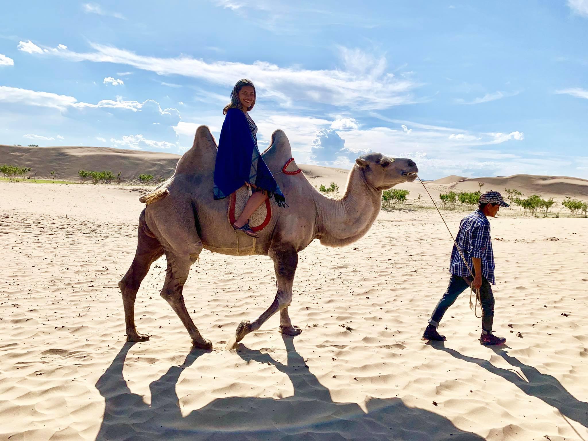 Kach Solo Travels in 2019 Nomadic family in Elsen Tasarkhai3.jpg