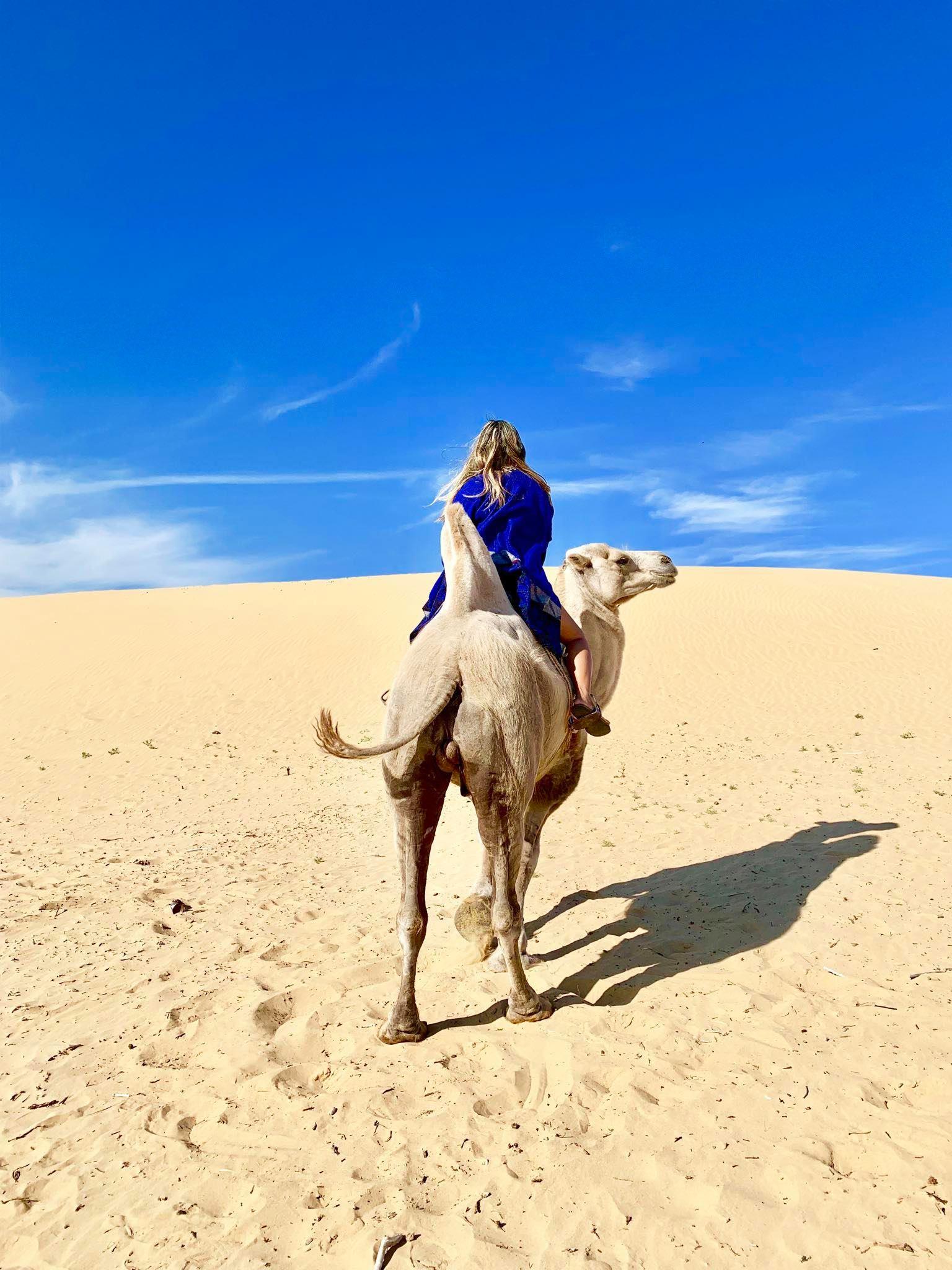 Kach Solo Travels in 2019 Nomadic family in Elsen Tasarkhai8.jpg