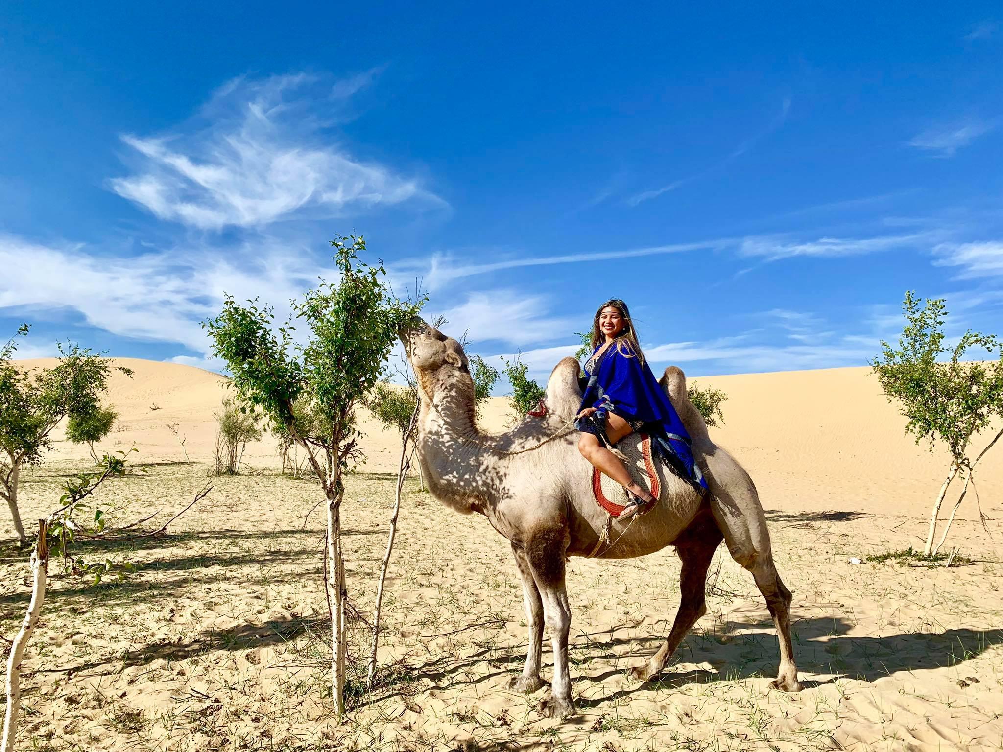 Kach Solo Travels in 2019 Nomadic family in Elsen Tasarkhai11.jpg