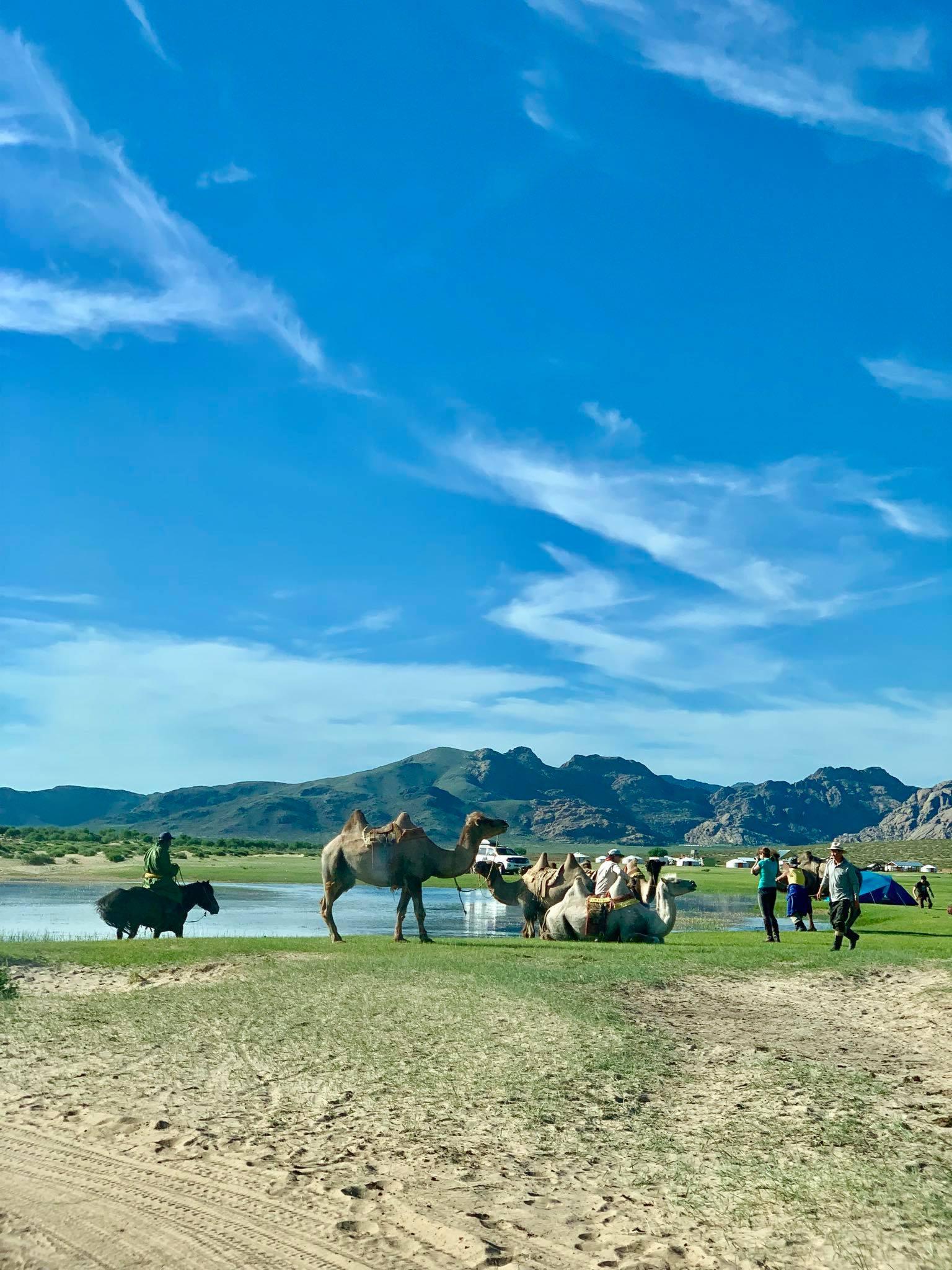 Kach Solo Travels in 2019 Nomadic family in Elsen Tasarkhai28.jpg