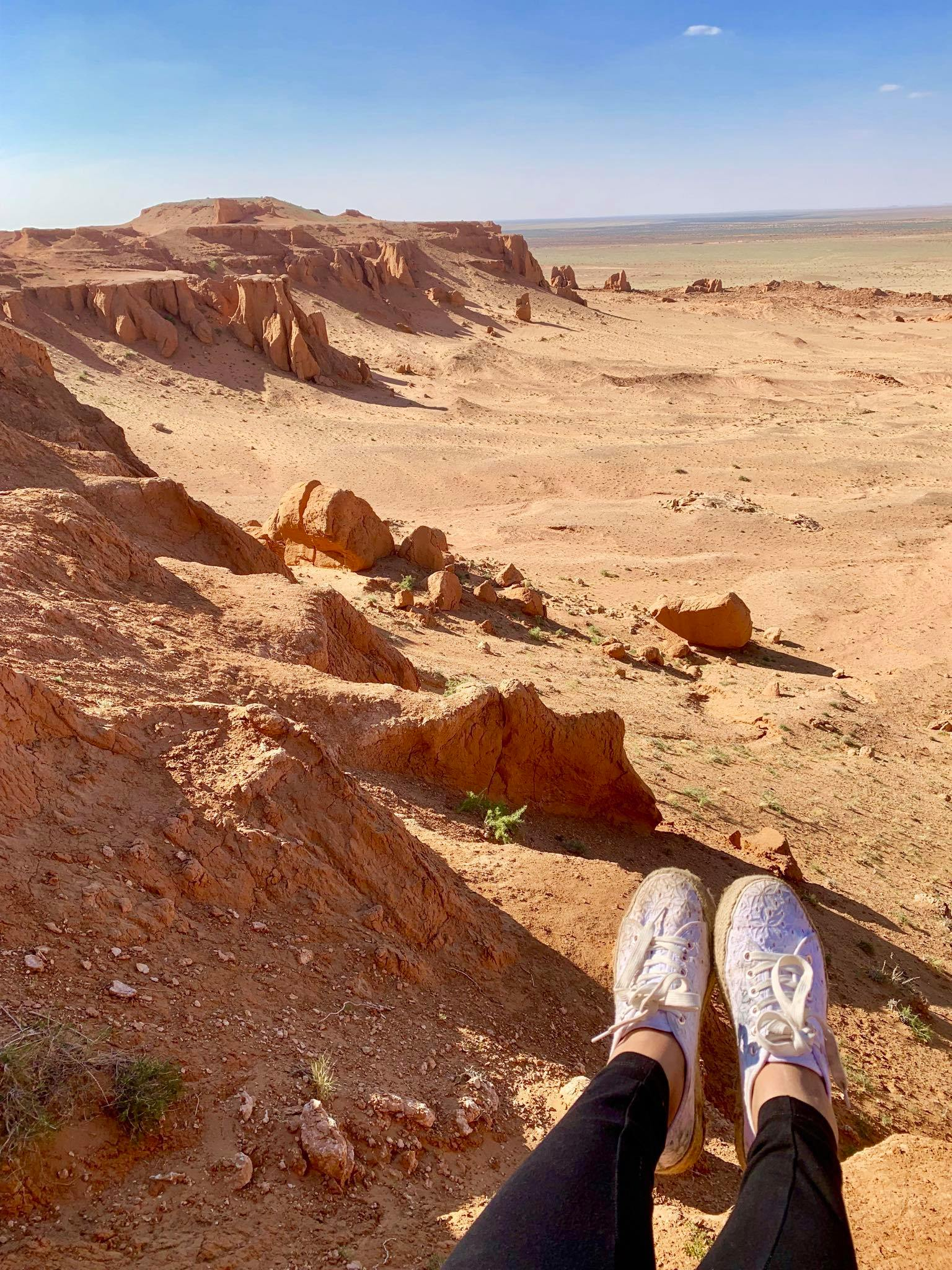Kach Solo Travels in 2019 Gobi desert with Vast Steppe Mongolia!15.jpg
