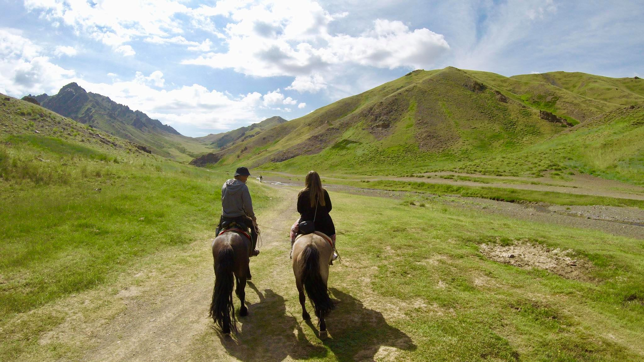 Kach Solo Travels in 2019 Horseback riding trip to the Gobi Gurvan Saikhan National Park3.jpg