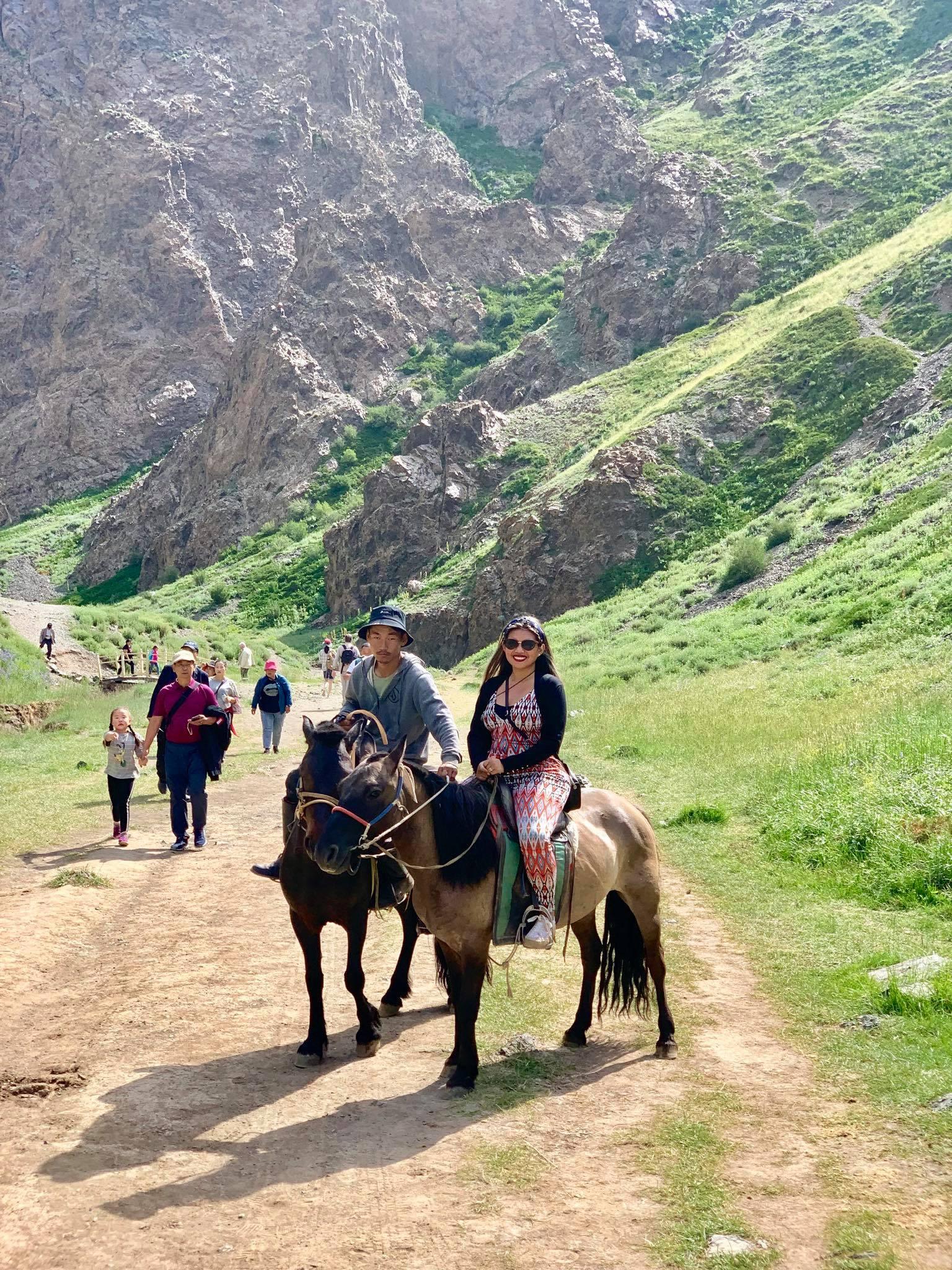 Kach Solo Travels in 2019 Horseback riding trip to the Gobi Gurvan Saikhan National Park4.jpg