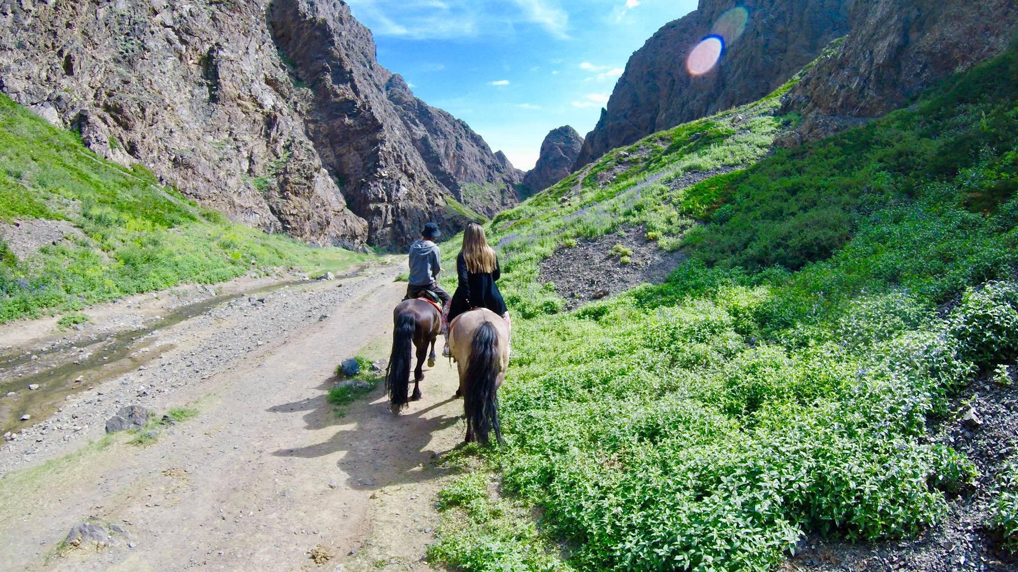 Kach Solo Travels in 2019 Horseback riding trip to the Gobi Gurvan Saikhan National Park6.jpg