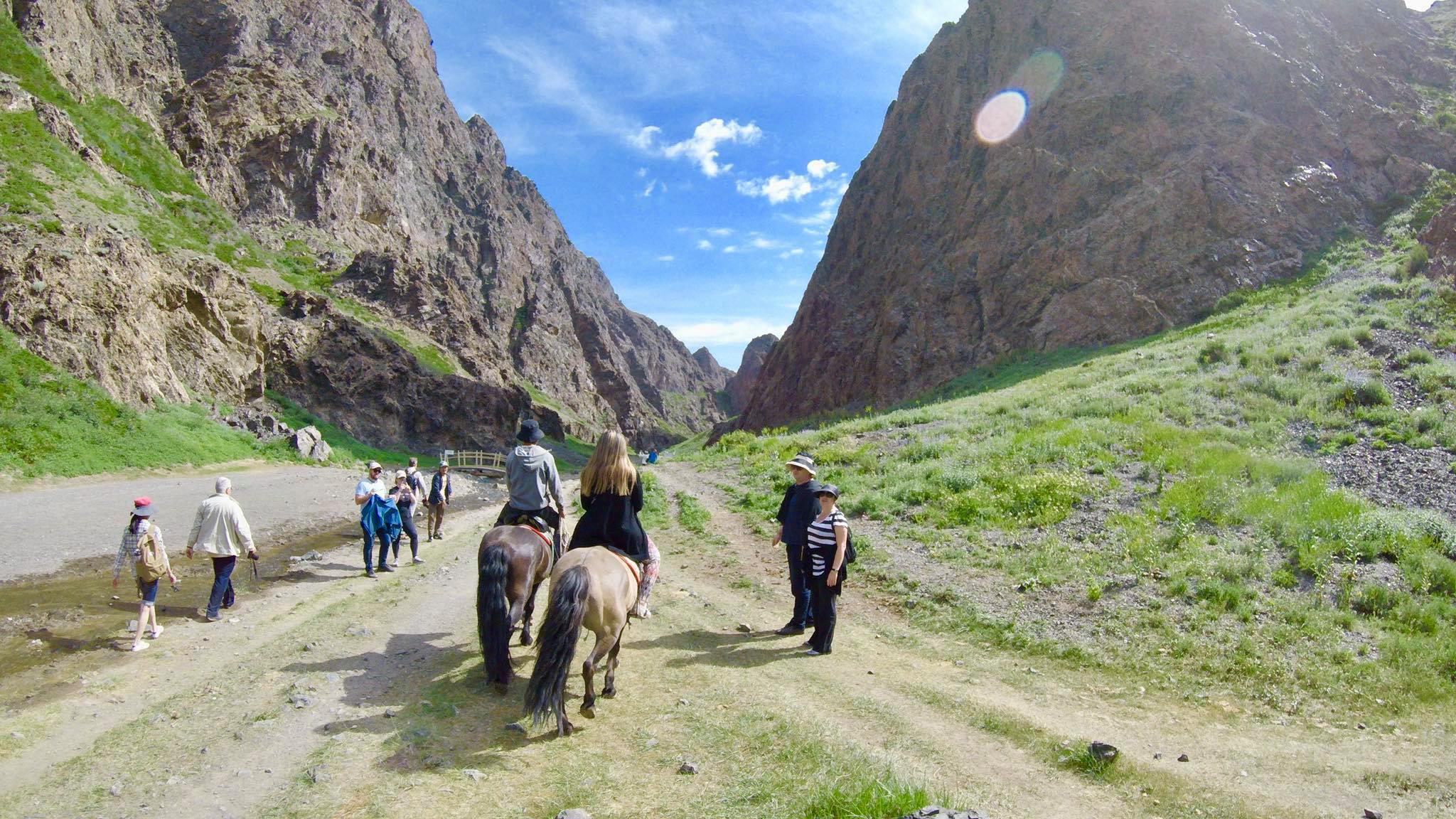 Kach Solo Travels in 2019 Horseback riding trip to the Gobi Gurvan Saikhan National Park9.jpg
