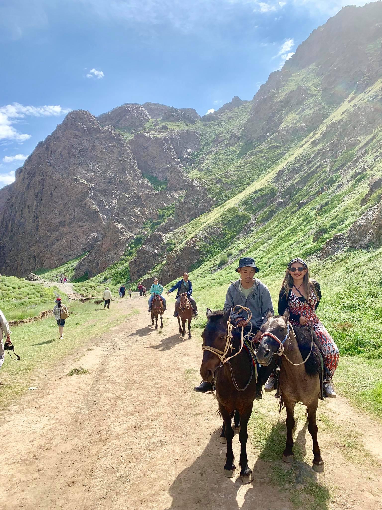 Kach Solo Travels in 2019 Horseback riding trip to the Gobi Gurvan Saikhan National Park10.jpg