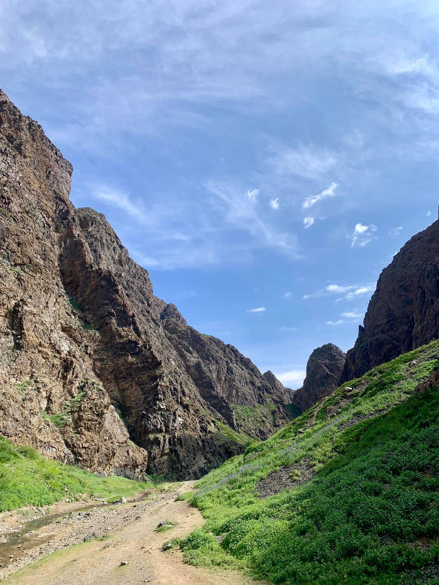Kach Solo Travels in 2019 Horseback riding trip to the Gobi Gurvan Saikhan National Park16.jpg